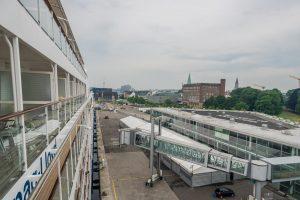 MS Europa am Ostseekai von Kiel