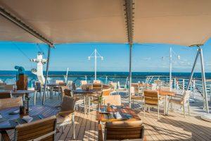 Aussenbereich des Lido-Cafes auf MS Europa