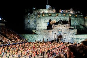 Beim Military Tattoo vor Edinburgh Castle