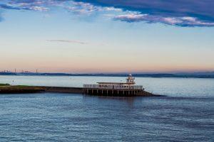 Der Firth of Forth am frühen Morgen