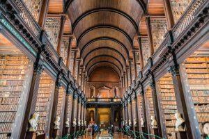Long Room im Trinity College Dublin