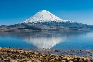 Vulkan im Lauca Nationalpark in Chile