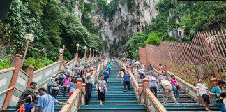 Treppe zu den Batu-Caves-in-Malaysia