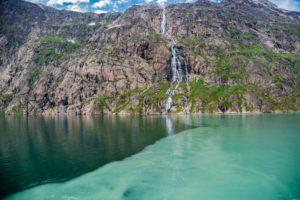 Schmelzwasser im Prins Christian Sund