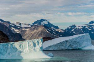 Eisberge im Prins Christian Sund