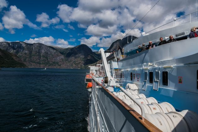 MS Ocean Majesty im Aurlandsfjord