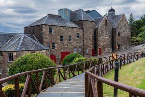Glenmorangie Whisky Brennerei in den Highlands