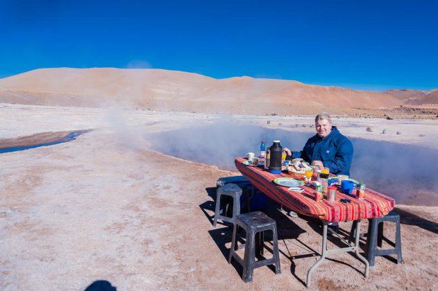 Peter Jurgilewitsch an den Geysiren von El Tatio in Chile