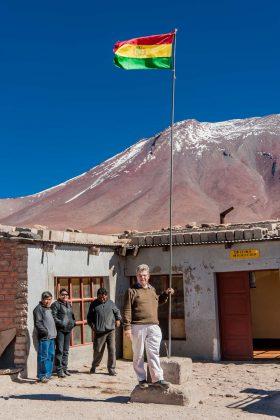 Peter Jurgilewitsch an der Grenzstation zu Bolivien in 3600 m Höhe