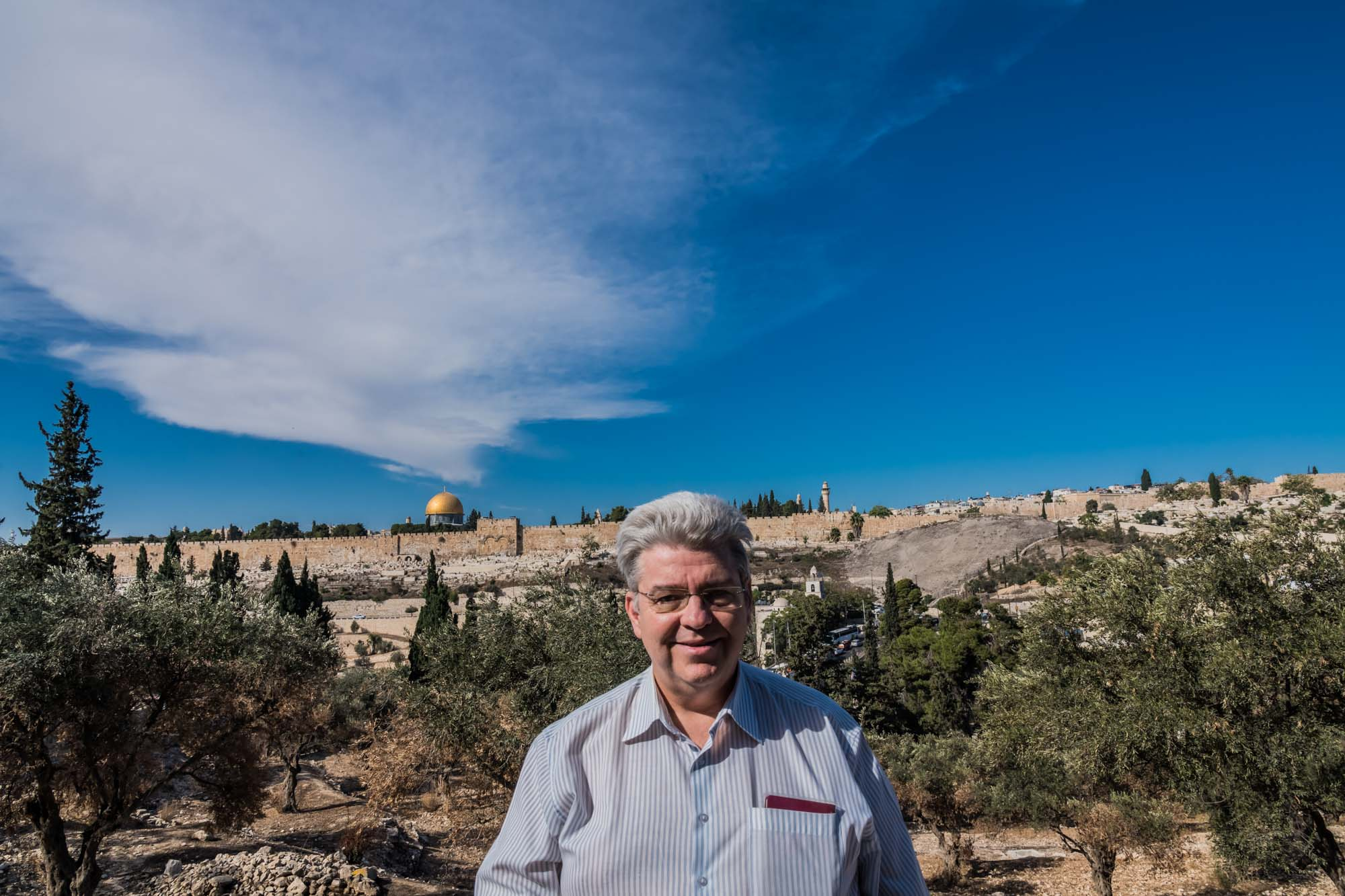 Peter Jurgilewitsch vor der Altstadt in Jerusalem