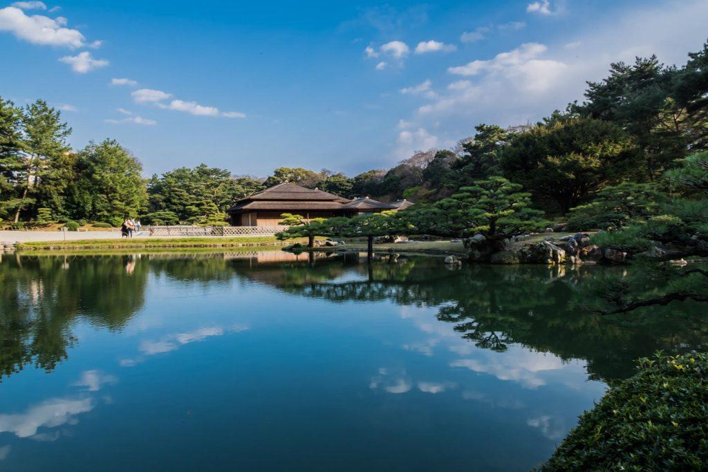 Teich im Ritsurin Park auf Shikoku