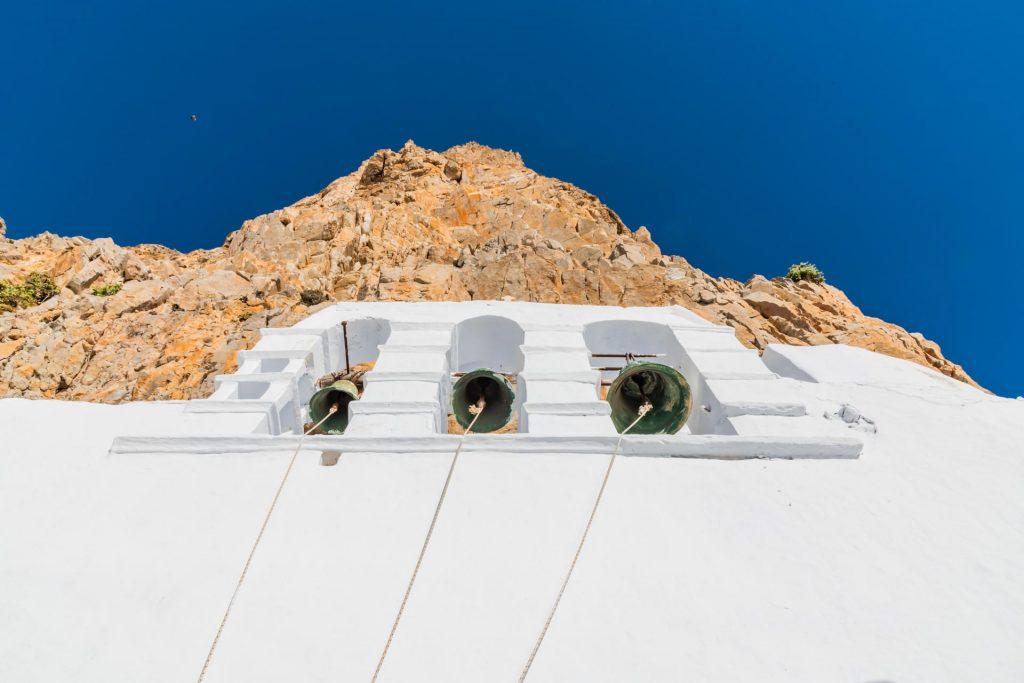 Glockenturm im Kloster Chozoviotissa auf Amorgos
