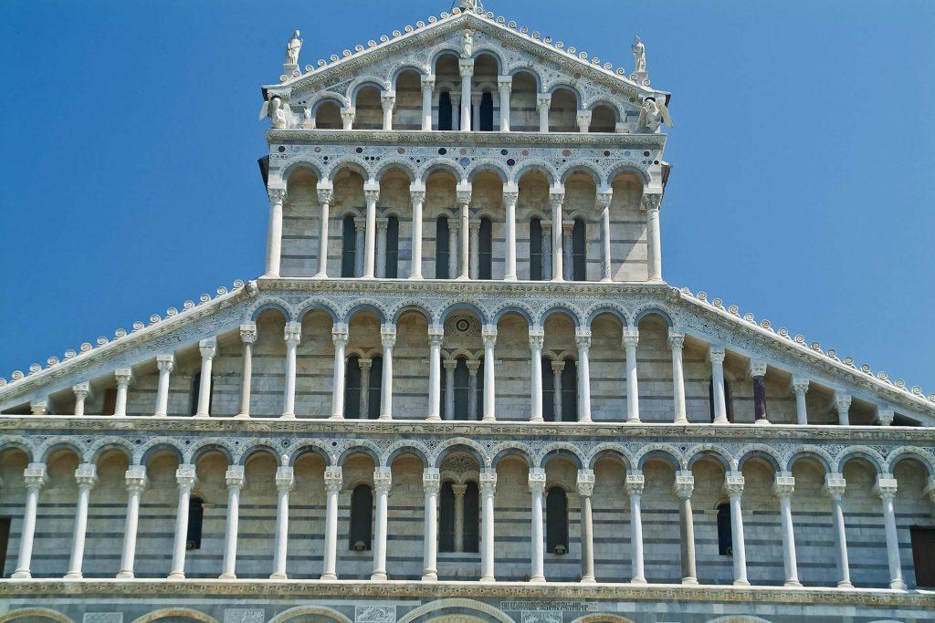 Fassade der Kathedrale von Pisa