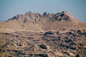 Landschaft unweit des Dar al-Hajar im Jemen