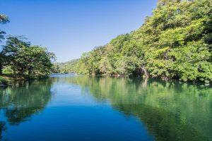Der Fluss Mopan bei Xunantunich
