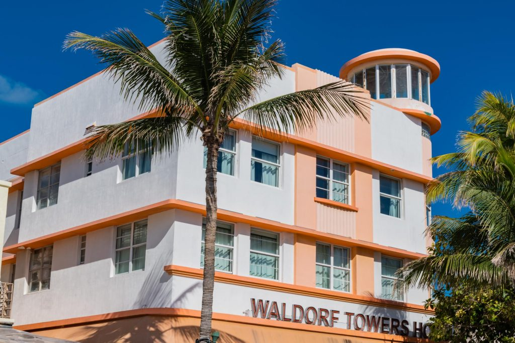 Waldorf Tower Hotel im Art Deco District in Miami
