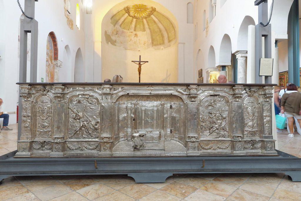 Kreuzbasilika im Dom zu Amalfi