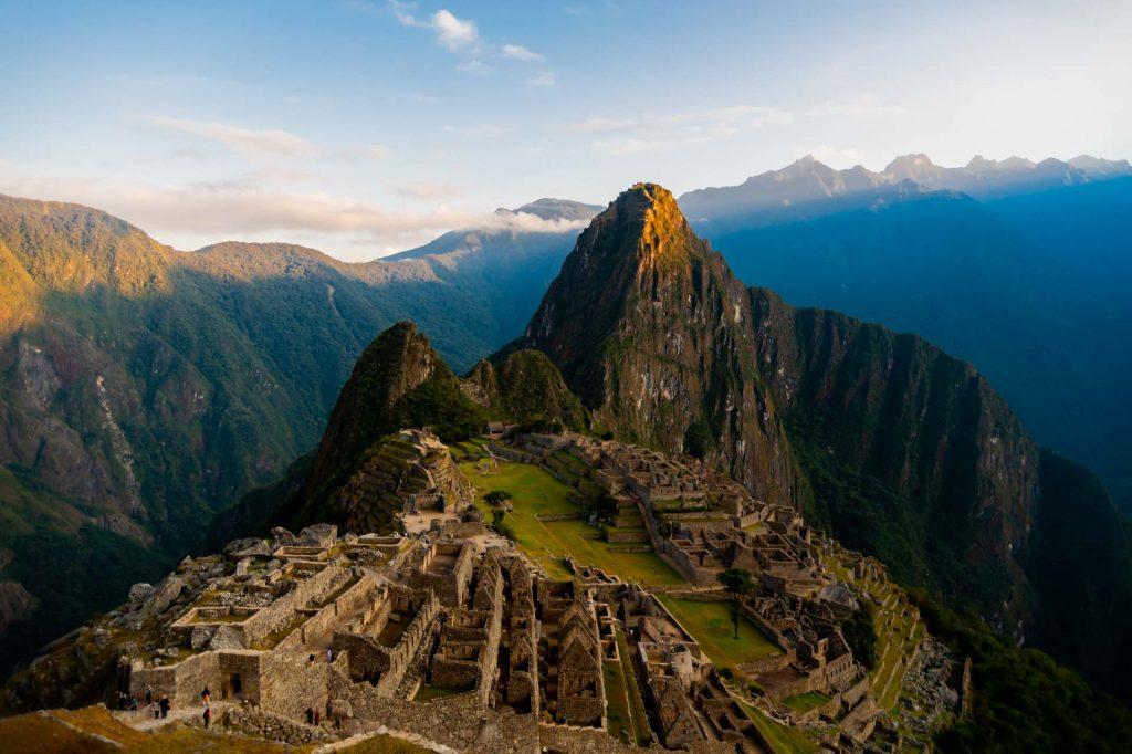 Erster Sonnenstrahl auf den Huayna Picchu