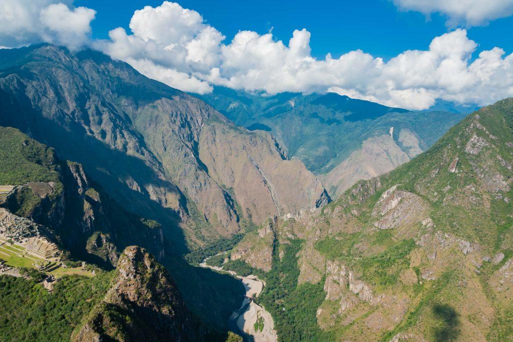Das Tal des Rio Vilcabama bei Machu Picchu