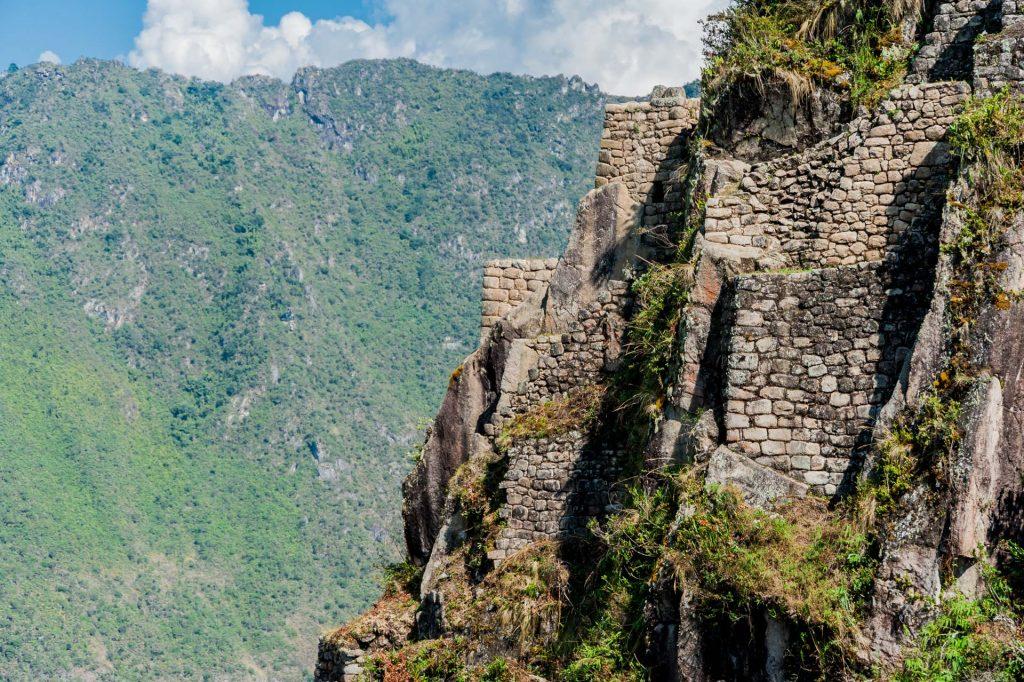 Festung auf dem Huayna Picchu in Peru