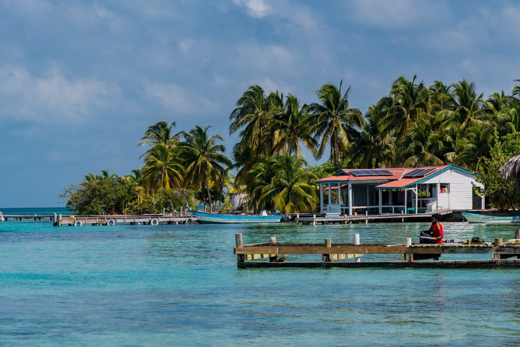 Pelican Beach Resort auf Southwater Caye in Belize