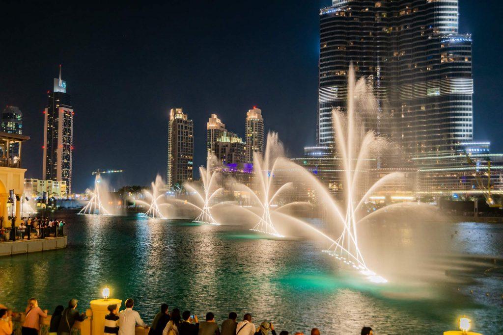 Wasserspiele in der Dubai Downtown