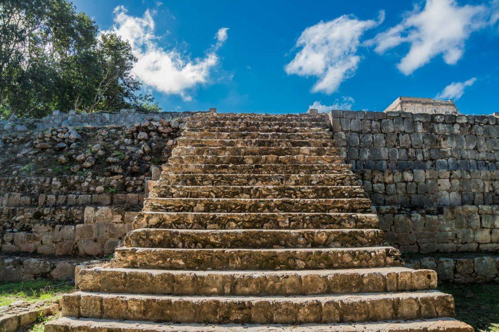 Treppe der großen Plattform in Uxmal