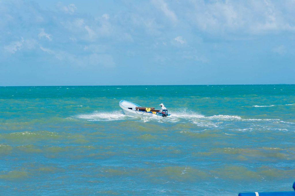 Riffboot bei Hopkins in Belize