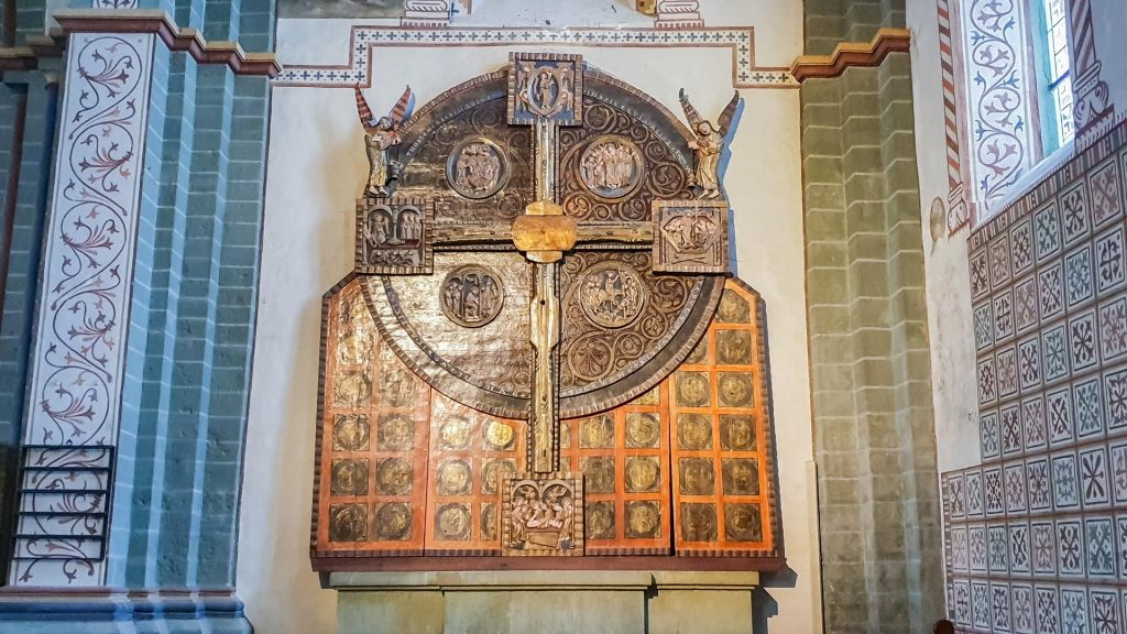 Soester Scheibenkreuz in der Hohnekirche