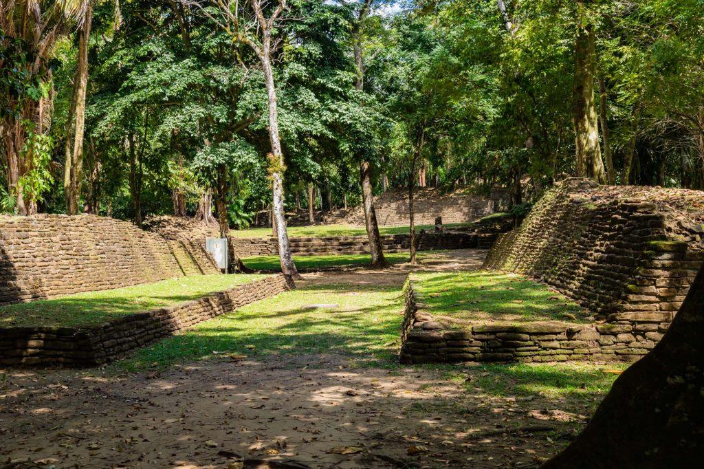 Ballspielplatz in Lubaantun Belize