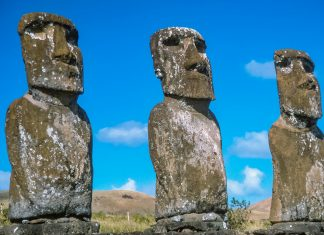 Ahu Akivi auf Rapa Nui