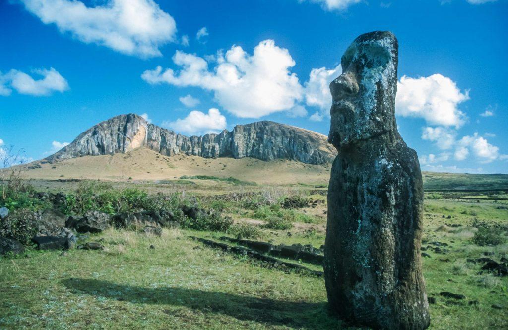 Moai und Landschaft auf Rapa Nui