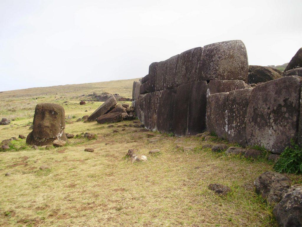 Mauern des Ahu Vinapu